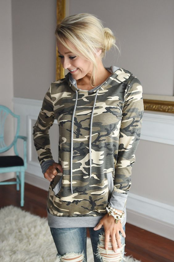 Camo Hoodie – The Pulse Boutique