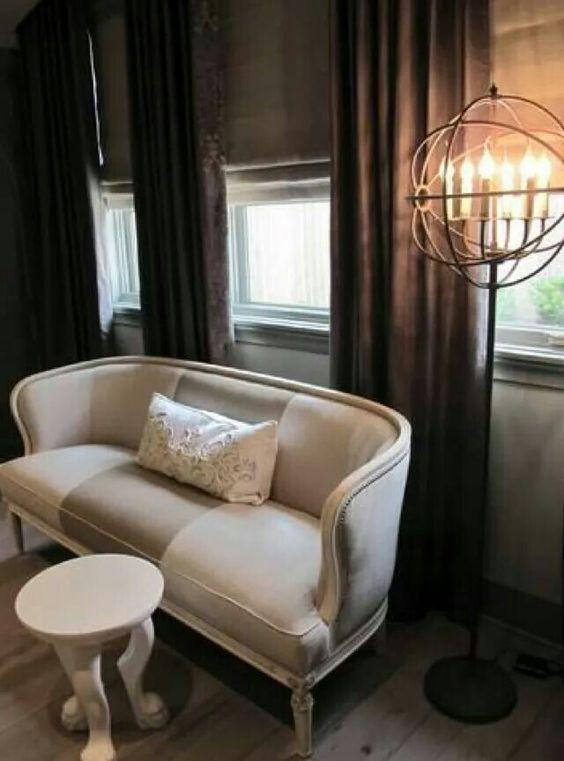 Sillon modernizado con tapiceria bicolor