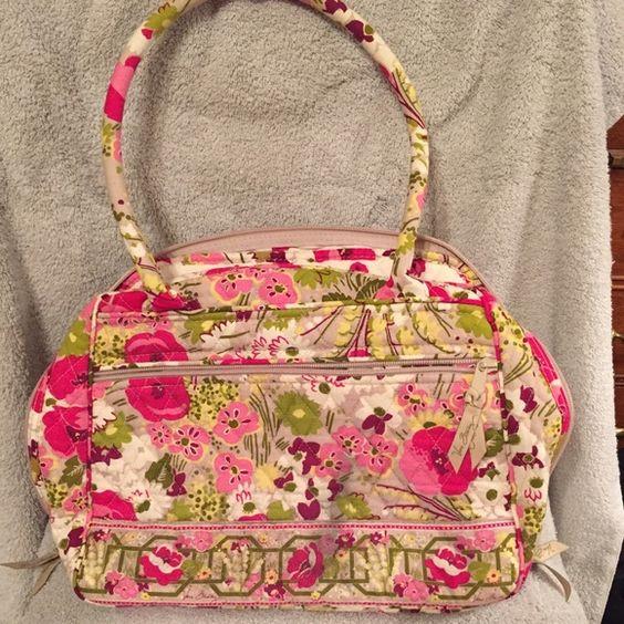 "Vera Bradley Bowler Bag Vera Bradley Bowler Bag - gently used - ""make Me Blush"" pattern. Vera Bradley Bags Shoulder Bags"