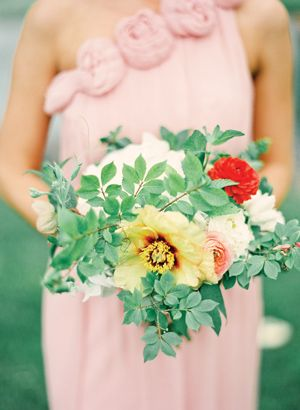 beautiful bouquet with ferns by Poppies & Posies | Jen Huang #wedding