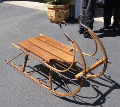 Antiques sled and blog on pinterest Antique sleigh coffee table