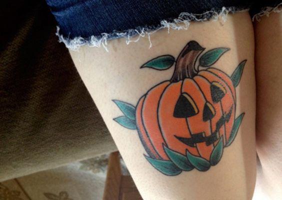 El significado de los tatuajes de calabazas - http://www.tatuantes.com/significado-tatuajes-de-calabazas/