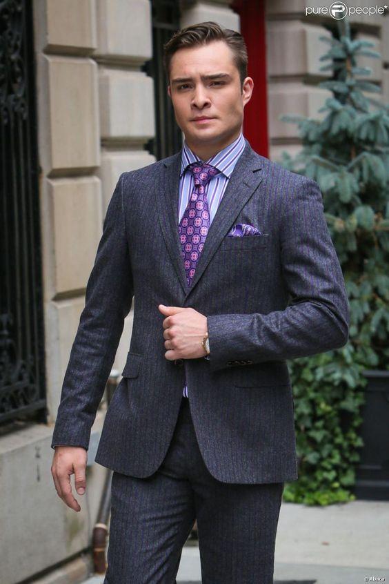 Ed Westwick dans la peau du mythique Chuck Bass sur le tournage de Gossip Girl. New York, 17 août 2012.