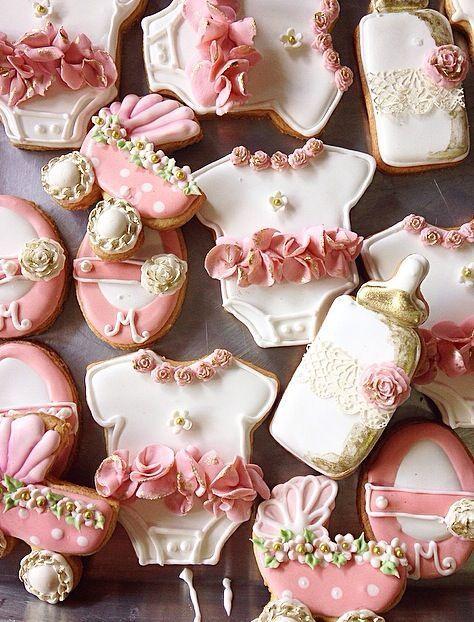 baby shower cake, source : pinterest