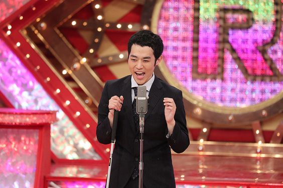 舞台で熱く語る濱田祐太郎さん