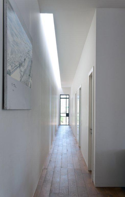 House E Neuman Hayner Architects High Ceilings Long Hallway And Window