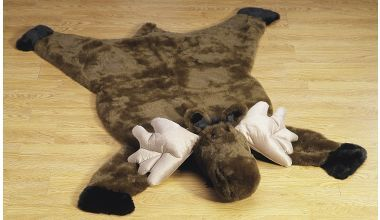 Plush Moose Rugs at Cabela's...I really love this but it's pricey, so I might try to make my own version of it! :)