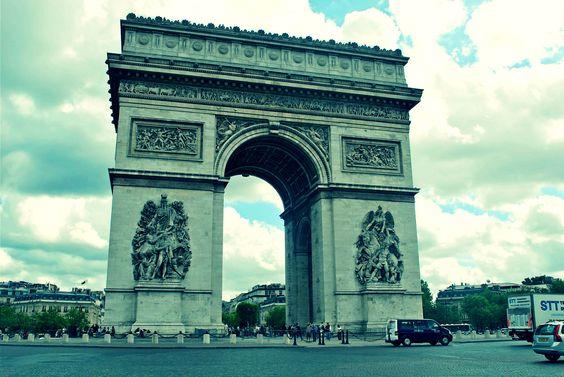 Arc de Triomphe photo by Iyetade. #iyetadescoop #travelwithzeal #travel #iamajetsetter #destinationaficionado #globalcitizenship www.travelwithzeal.com www.iyetadescoop.wordpress.com