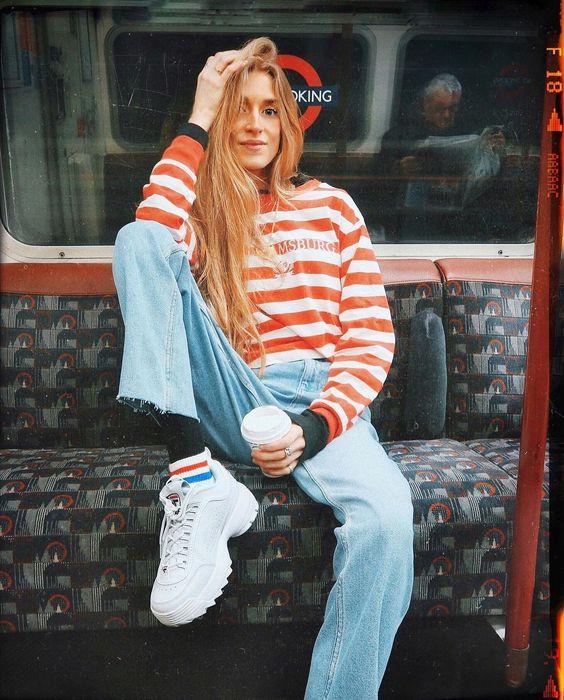 "1,688 Likes, 52 Comments - Olivia Frost (@oliviabynature) on Instagram: ""Hi hi  I've got that Friday feeling... Bakerloo line to the weekenddddddd """