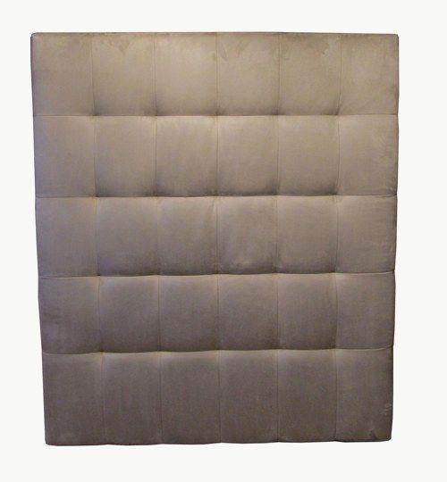 Specialtillverkad sänggavel med bredden 180 cm och höjden 210 cm Sänggavelnär rutmönstrad med
