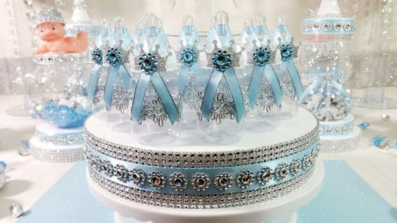 12 royal petit bébé bleu et argent/Prince par PlatinumDiaperCakes