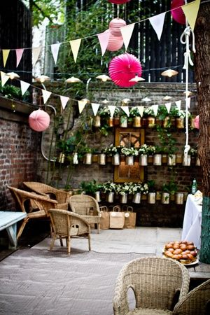 Backyard Parties Perfect Intimate Layering Of Decorations