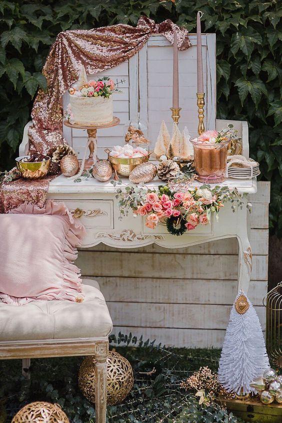 ROSE GOLD DESSERT TABLE