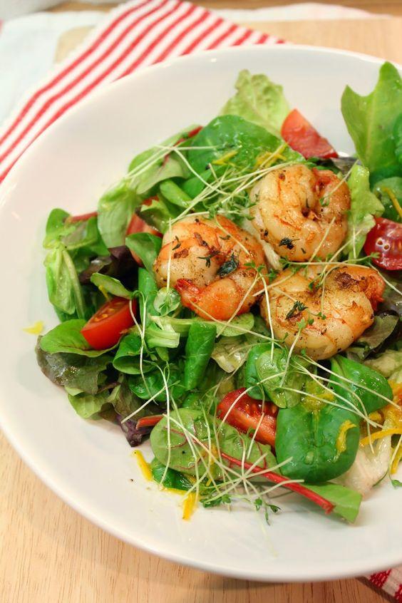 Prawns Salad with Orange Dressing