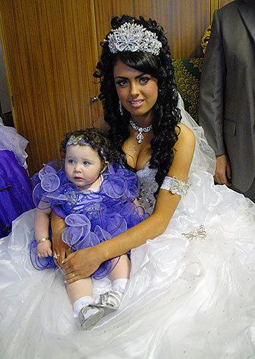 Danielle Brendan Traveller Wedding Pinterest Gipsy Gypsy And Fat