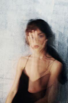 O Surrealismo Lúdico de Elena Oganesyan ~ Frenesi Cultural