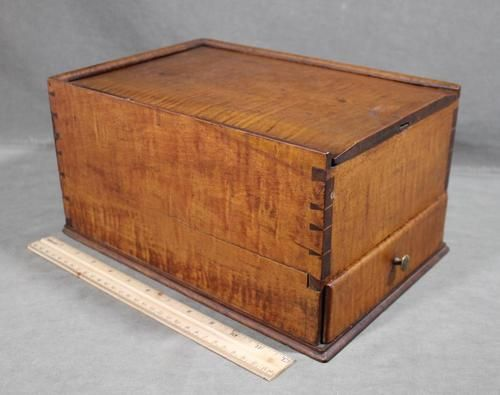 12.5in long x 6.5in high 1820s Pennsylvania maple candle box with slide on top and bottom drawer. Fab dovetailing!!!