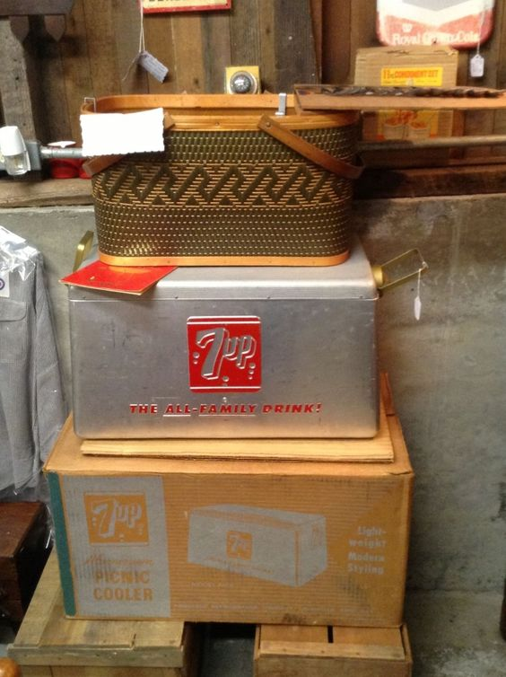 Vintage 7-up cooler. Never been used. All parts and pieces in original box