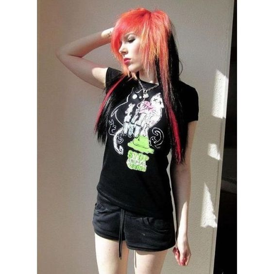 Cute Emo Girls ❤ liked on Polyvore featuring girls, hair, people and pictures