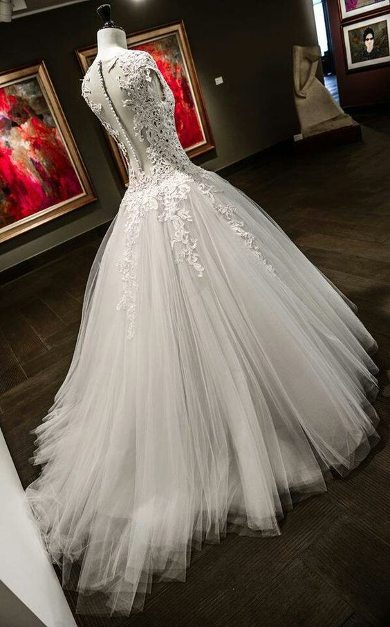 Beautifull wedding gown