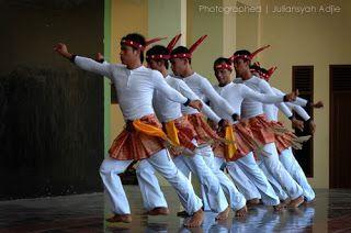 Kumpulan Tari Tradisional Indonesia Lengkap http://ift.tt/1O4XiDA