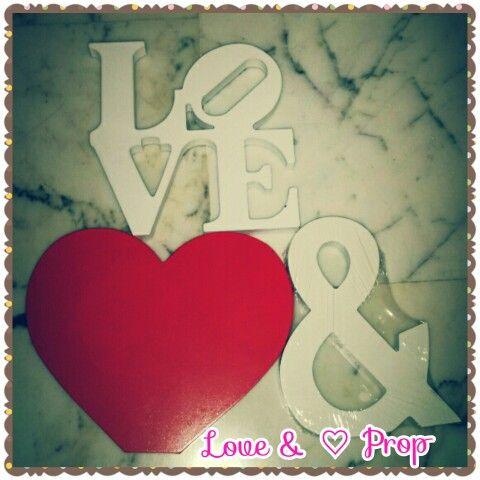 Love & ♡ Prop