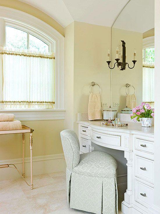 Soft & Sweet buttercream yellow bathroom. Turning Oakleaf, a buttercream hue, is PPG