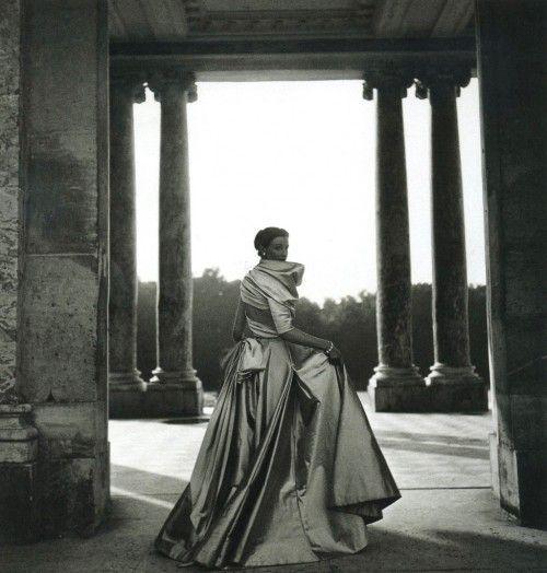 Dior 1948/Ph. Clifford Coffin
