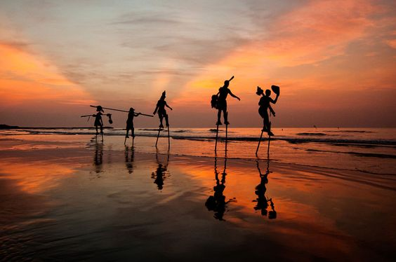 Fishermen hanging their fishing tools by Nguyen Quoc Thang on 500px