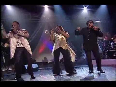 "Hues Corporation ""Rock the boat"" HQ Dance 70s"