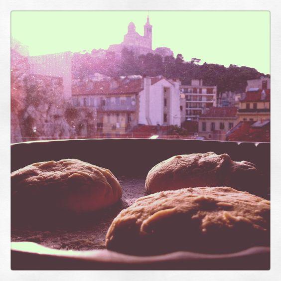 La pâte pour Burger de Marseille
