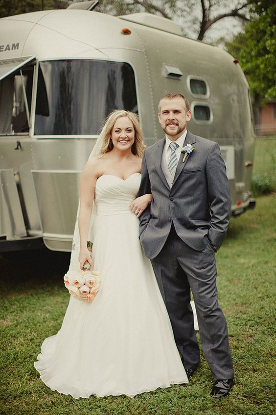 bride and groom style #bride #groom #weddingchicks http://www.weddingchicks...