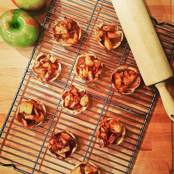 We welcome the official first day of fall by giving a shout out to @thepandapost for creating the cutest mini apple pies we ever did see!  Thanks for sharing your pic.