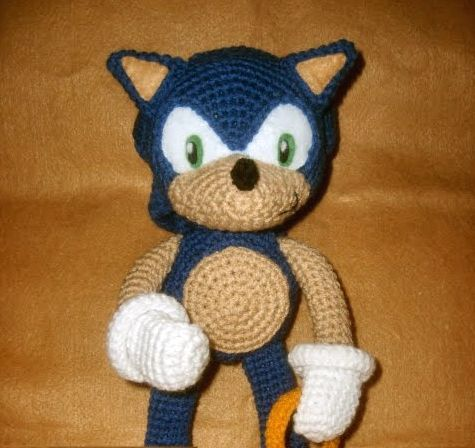 Free Sonic the Hedgehog crochet pattern at ...