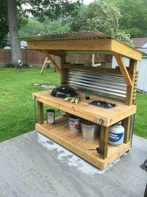 Creations Dekorationen Diy Diypallet Freien Haus Kuche Outdoor Palettengrill Pallet In 2020 Outdoor Grill Station Outdoor Kitchen Design Kitchen Design Diy