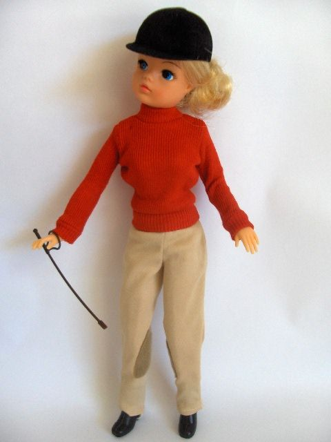 Sindy ~We had these instead of barbies. And her horse!