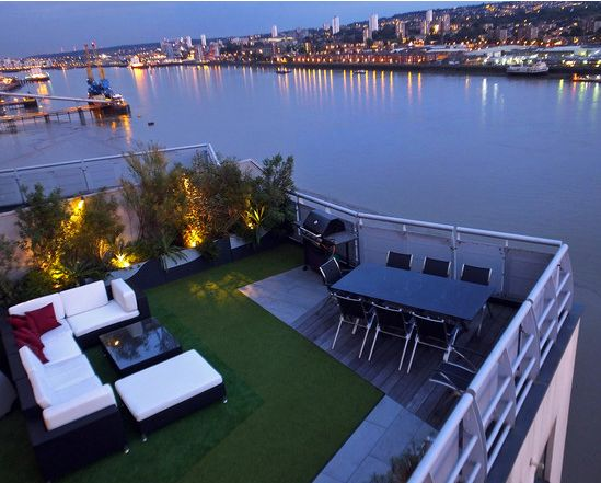 CONTEMPORARY LONDON ROOFTOP TERRACES http://www.seegardens.com/contemporary-london-rooftop-terraces/
