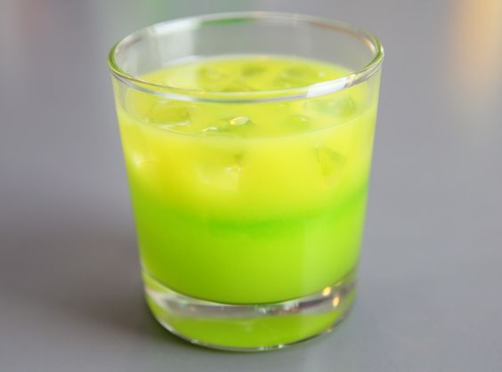 No doubt you already have a slew of green-and-gold snacks you serve for Packers games. Here's an easy way to toast your favorite team. This colorful, three-ingredient cocktail recipe was submitted by