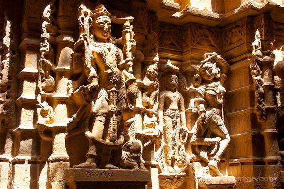 Precisión en la talla y mucho arte, los templos jainíistas son una de las cosas que ver en Jaisalmer en un día