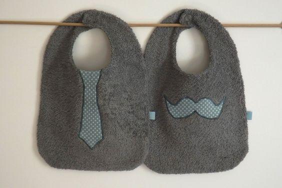 lot 2 grands bavoirs garcon réversible moustache et cravate étoile /gris et bleu-vert : Mode Bébé par my-home-made