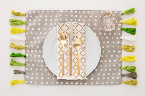 Add bright tassel placemats to your dining table with this DIY.