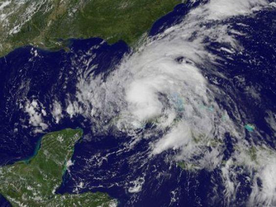 A tempestade tropical Isaac se dirige para virar um furac
