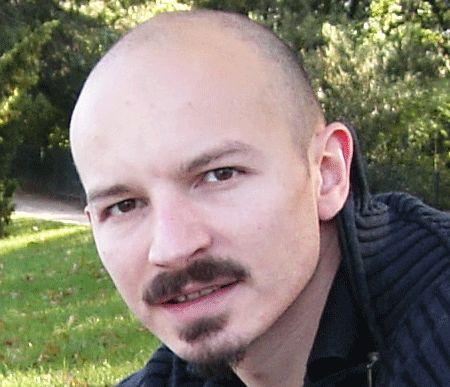 Vincent Rouzé, docteur en Science de l'information et de la communication. Vendredi 6 décembre, 12h, Conférence « Le Crowdfunding, ou les risques de glissements de la création à la créativité »