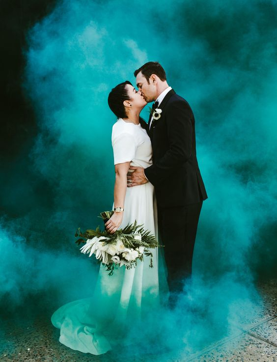Love Tatum Autumn Equinox Wedding with a colored smoked bomb:
