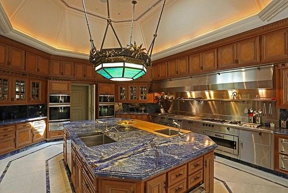 Professional Home Chef Kitchen | True professional caliber chef's kitchen