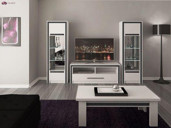 wooninspiratie woonkamer witte hoogglans meubels zwarte bank ...