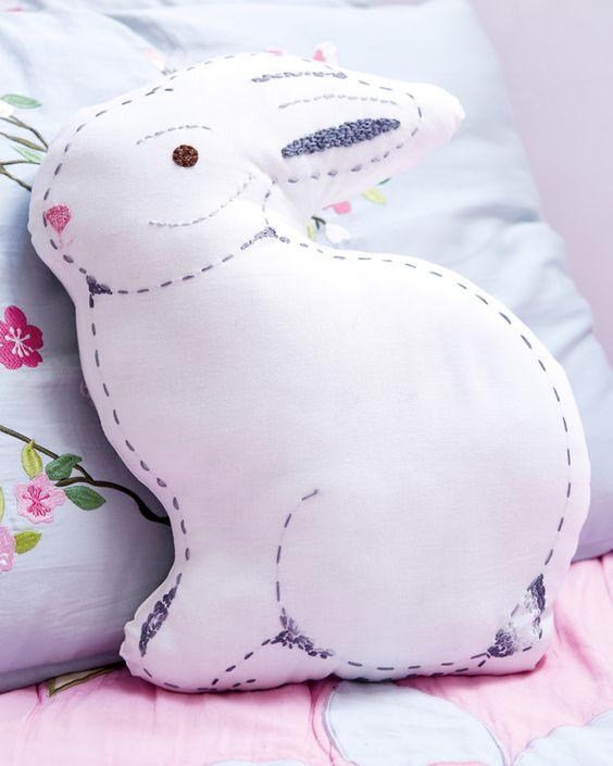 Costurar um coelho bonito