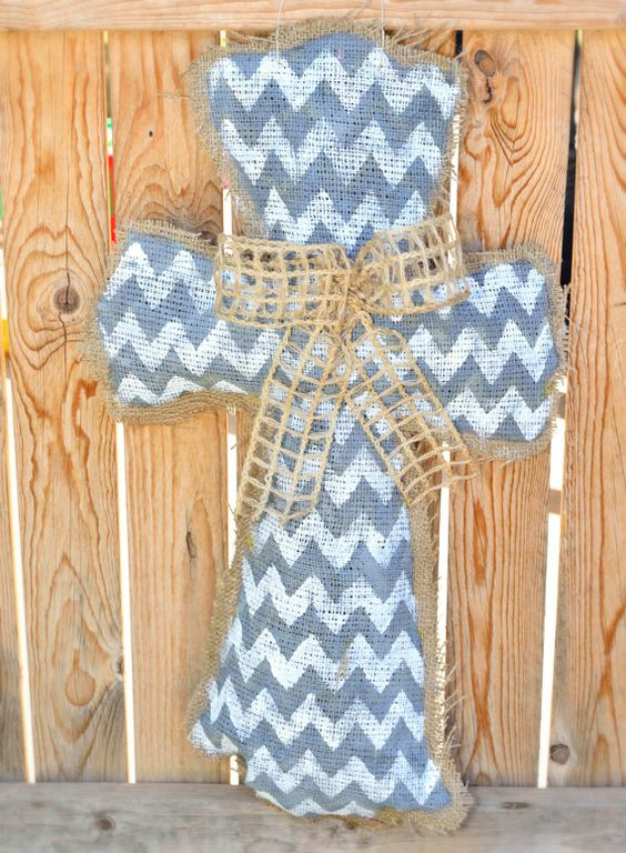 how to make a burlap cross door hanger