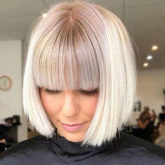 Frisuren Haare Kurze Probieren Sie Sollten Kurze Frisuren Soll Frisuren Haare Kurze Prob In 2020 Short Hair With Bangs Thick Hair Styles Bob Hairstyles