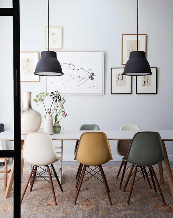 10 Beautiful Rooms - Mad About The House: vintage eames chairs photo by Dana van Leeuwen